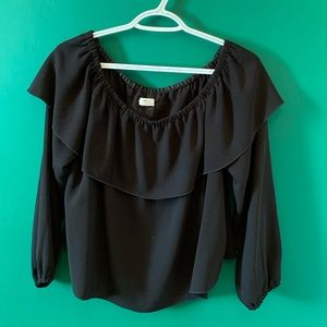Wilfred Off the shoulder blouse
